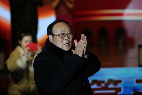 原八里河镇党委书记张家旺出席八里河景区20周年庆典(李巍摄)