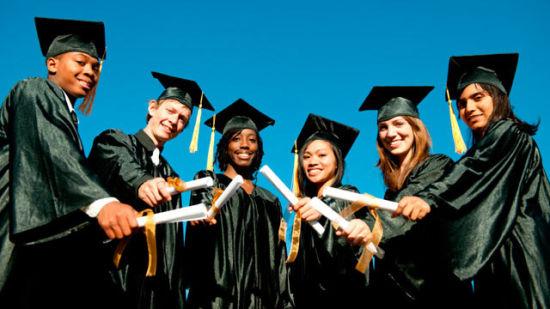 选择高中毕业出国留学,让孩子更易升入顶尖大