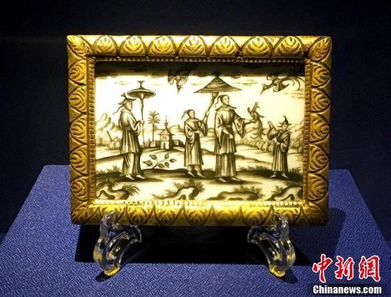 欧洲18世纪的具有中国风的玻璃版画。