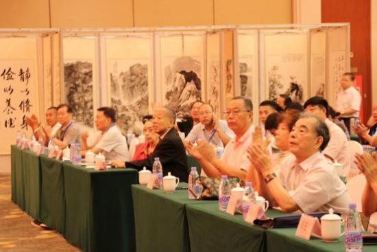 久为红酒董事长崔顺利应邀参加首届廉政教育书画展