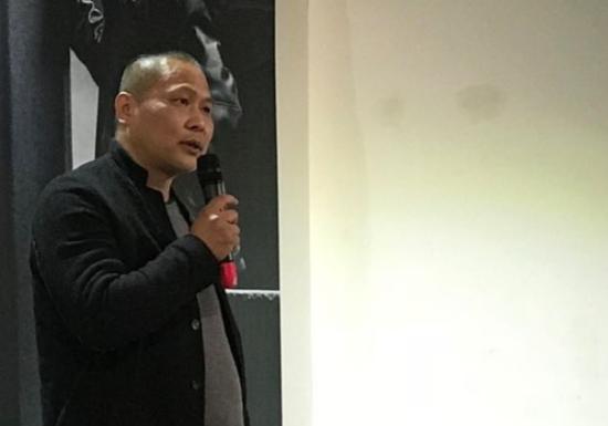 诗人、艺术家杨键致辞