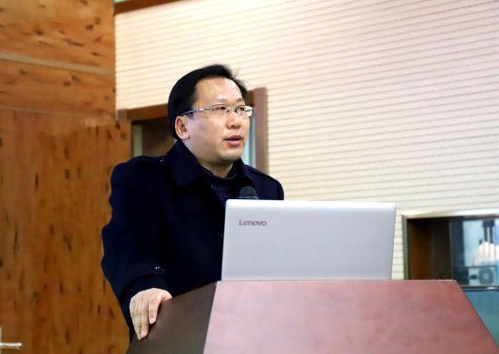 同济大学哲学博士、安徽警官职业学院心理系副教授姚峰