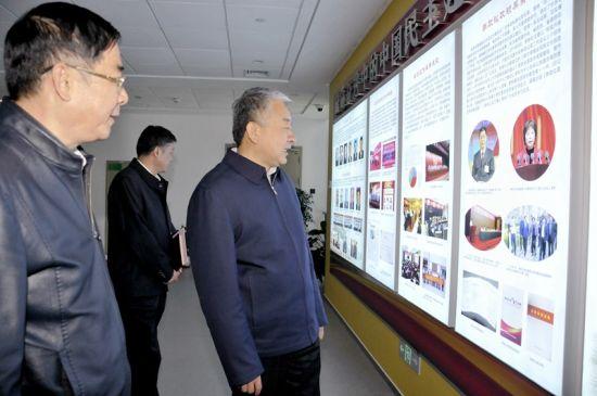 张西明赴省各民主党派机关走访调研时指出:在服务大局中作出新的更大贡献