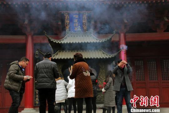 春节假期安徽接待游客三千余万人次 民俗祈福游持续火热