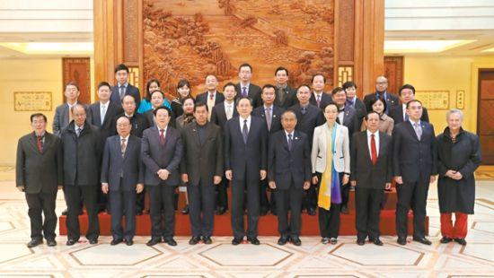 李锦斌会见东盟国家民间对华友好组织代表团