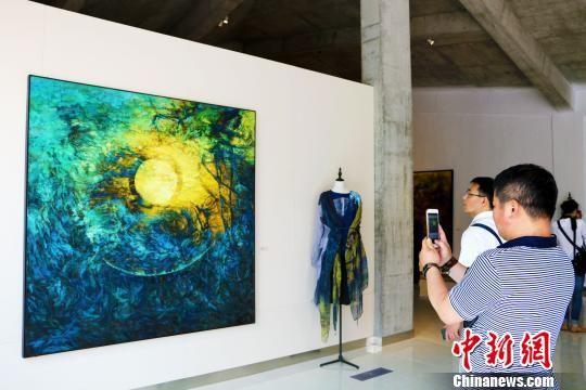 旅法画家张远林现代美术馆在故乡合肥开馆