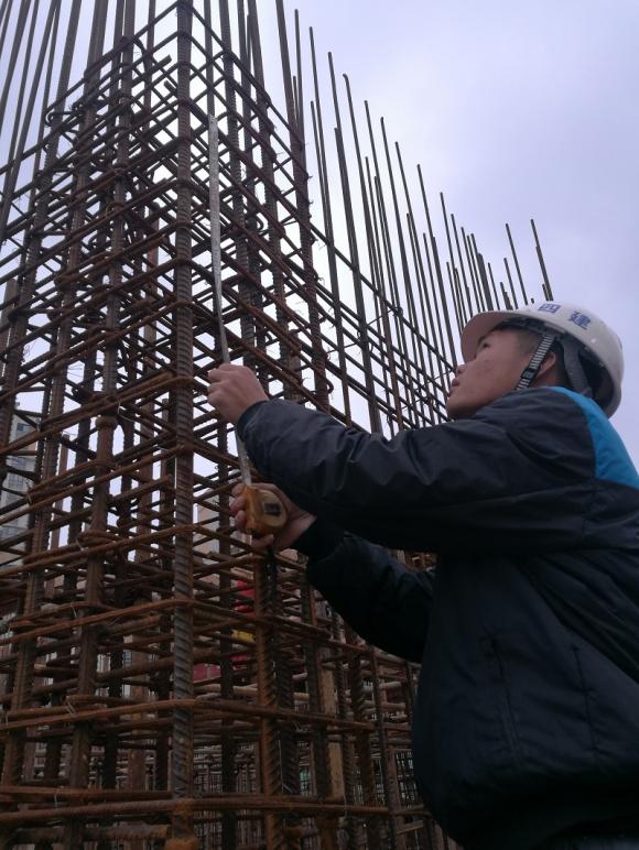 广西建工四建贺州学院地方民族研究中心项目抢工纪实