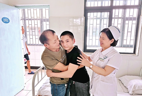 鄭報集團與鄭州市衛健委、頭條尋人合作半年為41名無主患者找到家人